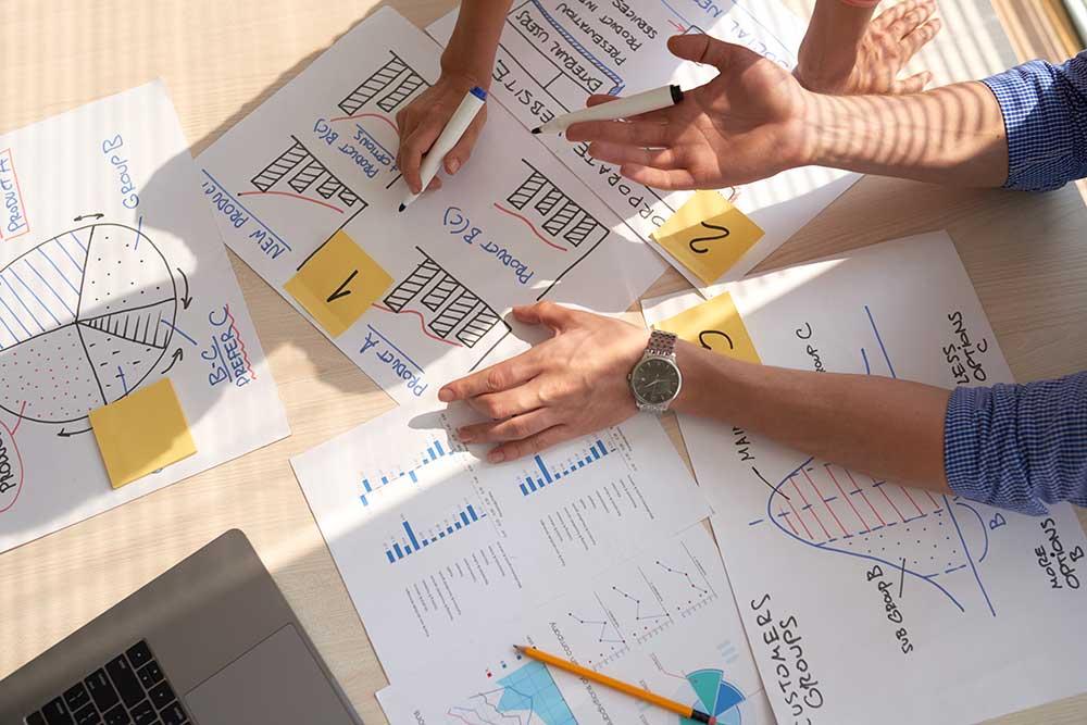 The main financial strategies محک طعم جدیدی از حسابداری (نرم افزار حسابداری فروشگاهی،نرم افزار حسابداری شرکتی،نرم افزار حسابداری تولیدی)