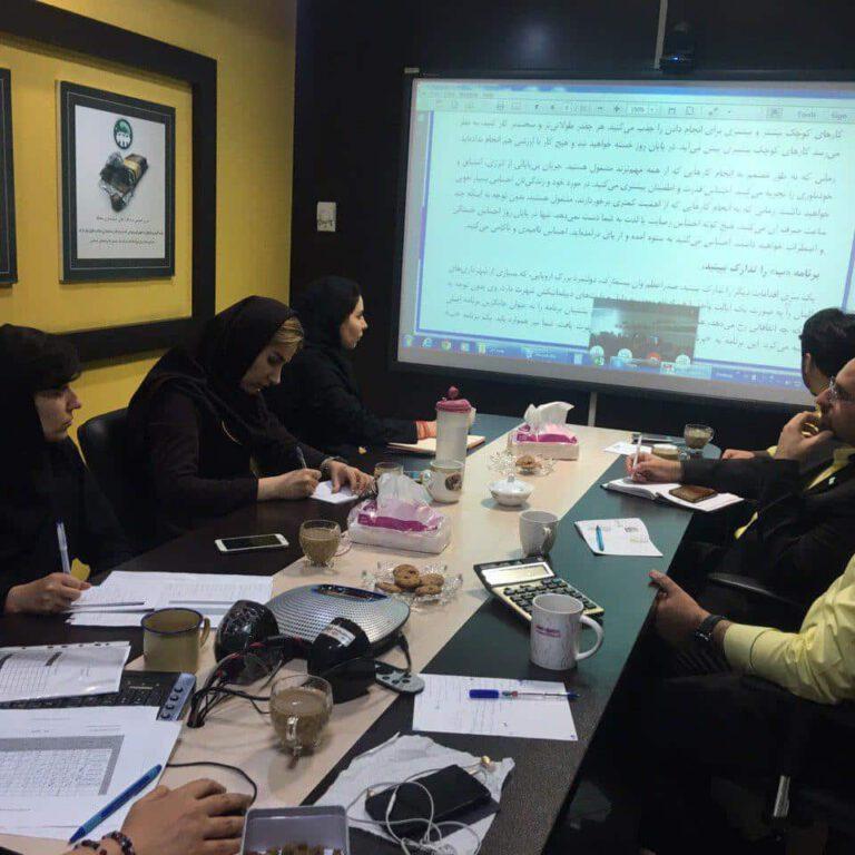 Conducting time management and planning training 2 محک طعم جدیدی از حسابداری (نرم افزار حسابداری فروشگاهی،نرم افزار حسابداری شرکتی،نرم افزار حسابداری تولیدی)