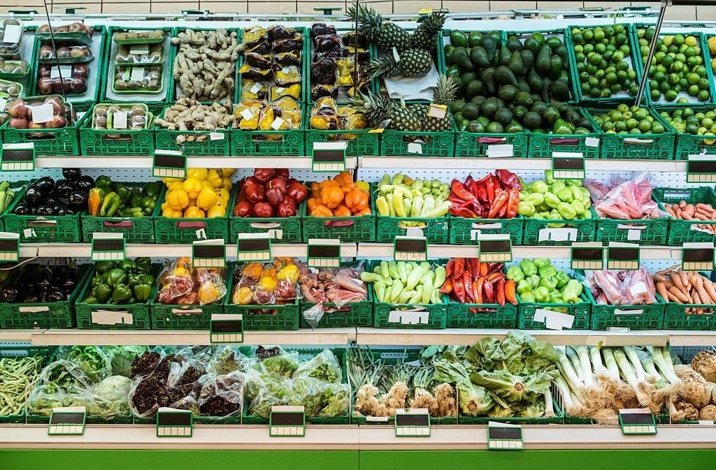 مغازه میوه و تره بار 4