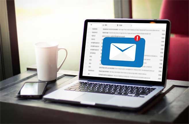 email section محک طعم جدیدی از حسابداری (نرم افزار حسابداری فروشگاهی،نرم افزار حسابداری شرکتی،نرم افزار حسابداری تولیدی)