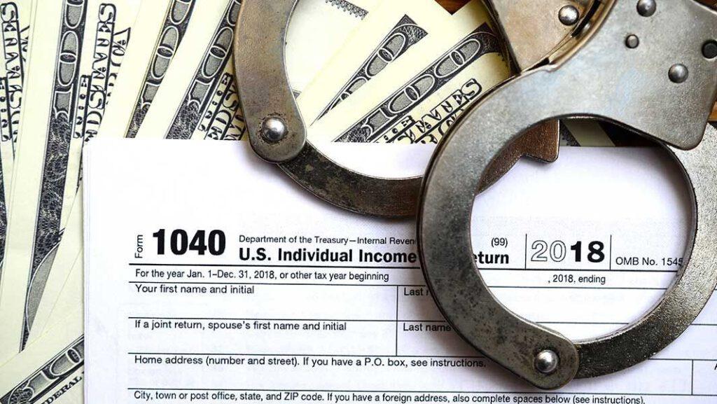 فرار مالیاتی 1