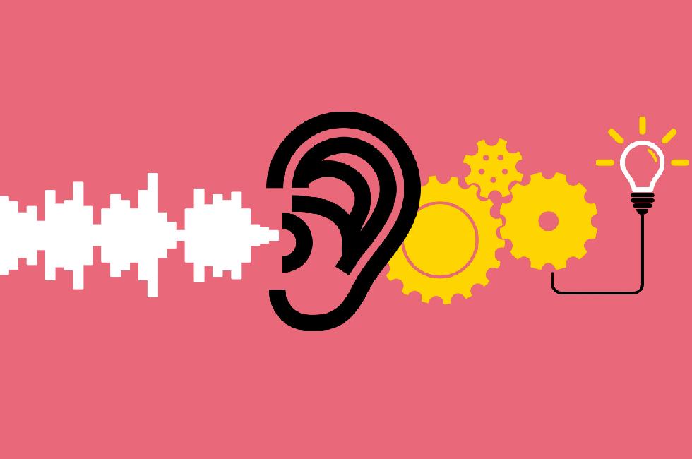 2. هنرمندانه به کارکنان خود گوش دهید.