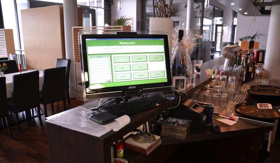 نرم افزار حسابداری رستوران سلوشن ( Restaurant Solutions )