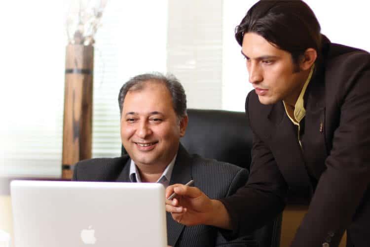 خرید نرم افزار حسابداری محک برای ما و شما یک پایان نیست!